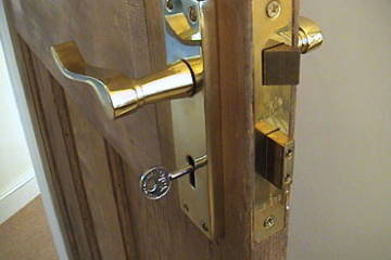 Locks: For all kinds of locks supplied, fitted, repaired and serviced, call the specialists at RSC.